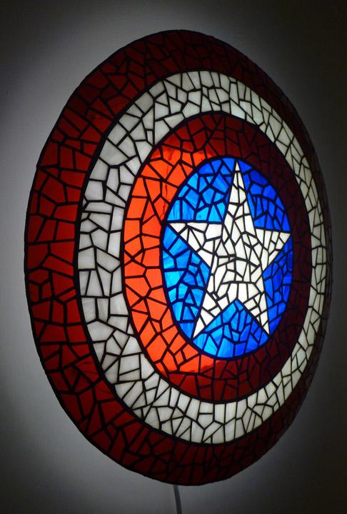 lampe-captain-america-02