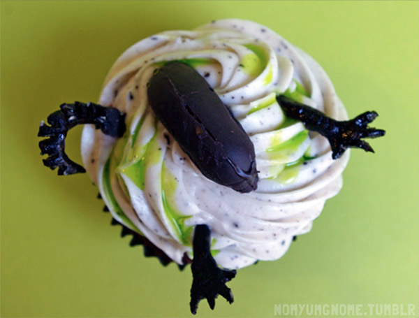 cupcake-alien-04